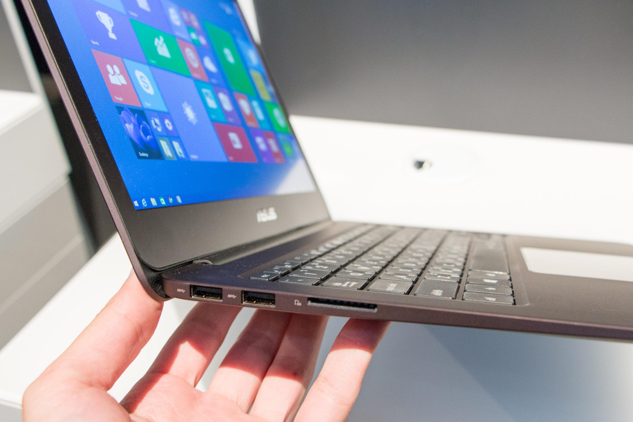Recensione Asus ZenBook UX305 e caratteristiche tecniche